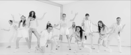 Videoclip: Living Our Dream