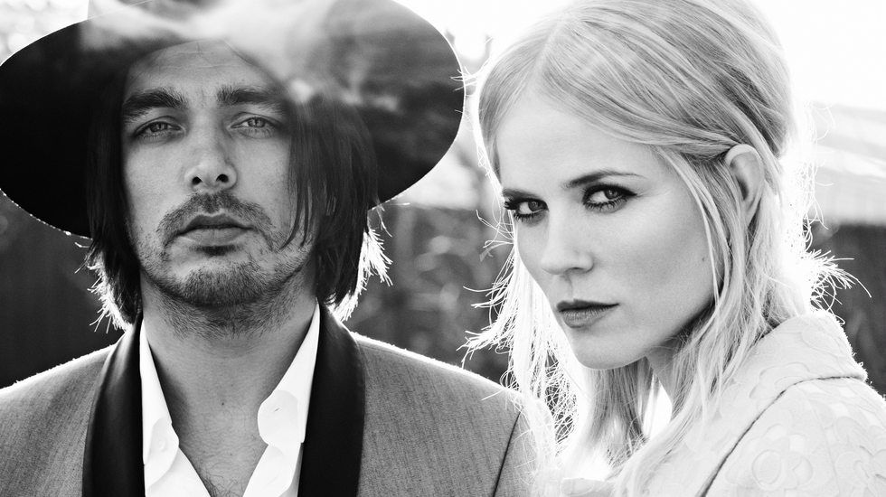 Afbeelding van The Common Linnets - Calm Before The Storm