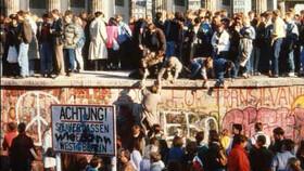 Afbeelding van aflevering: De Val van de Berlijnse Muur