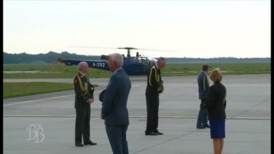 Prinses Beatrix krijgt dankbetuiging krijgsmacht