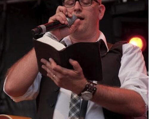 Praise op Zaterdag 06-10-2012 Radio 5 7.02-9.00 uur