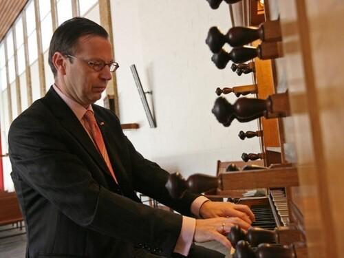 De Populaire orgelbespeling van zaterdag 4 mei