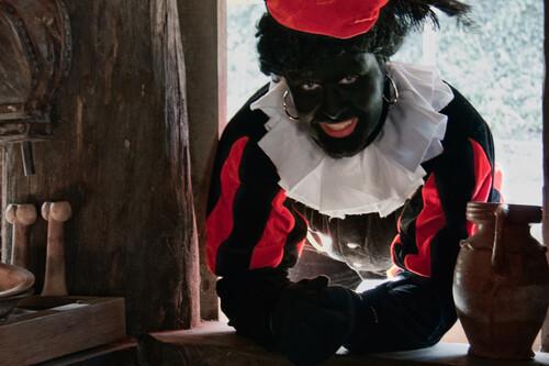 Moet zwarte Piet blijven? en: protesteren kun je leren!