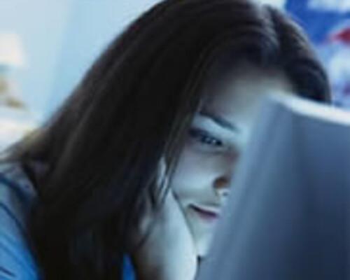 Staken en online oplichting