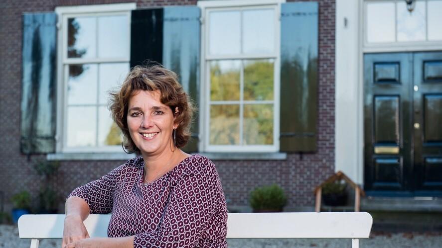 Afbeelding van aflevering: Vergeving, Sanne Kok, Rebecca Onderstal en Pieter Barten
