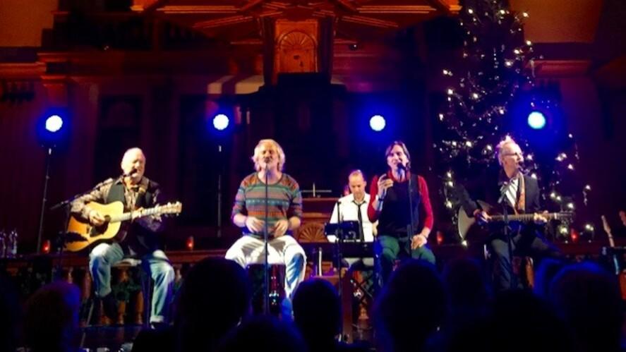 Afbeelding van aflevering: Venice 'Acoustic Christmas Tour' in Thuis op 5