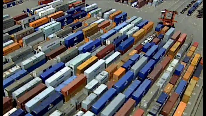 Schooltv de rotterdamse haven een van de grootste havens ter wereld - Tv josephine huis van de wereld ...