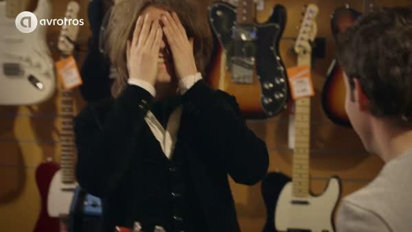 Perks van dating een gitarist goede Lesbische dating sites Yahoo