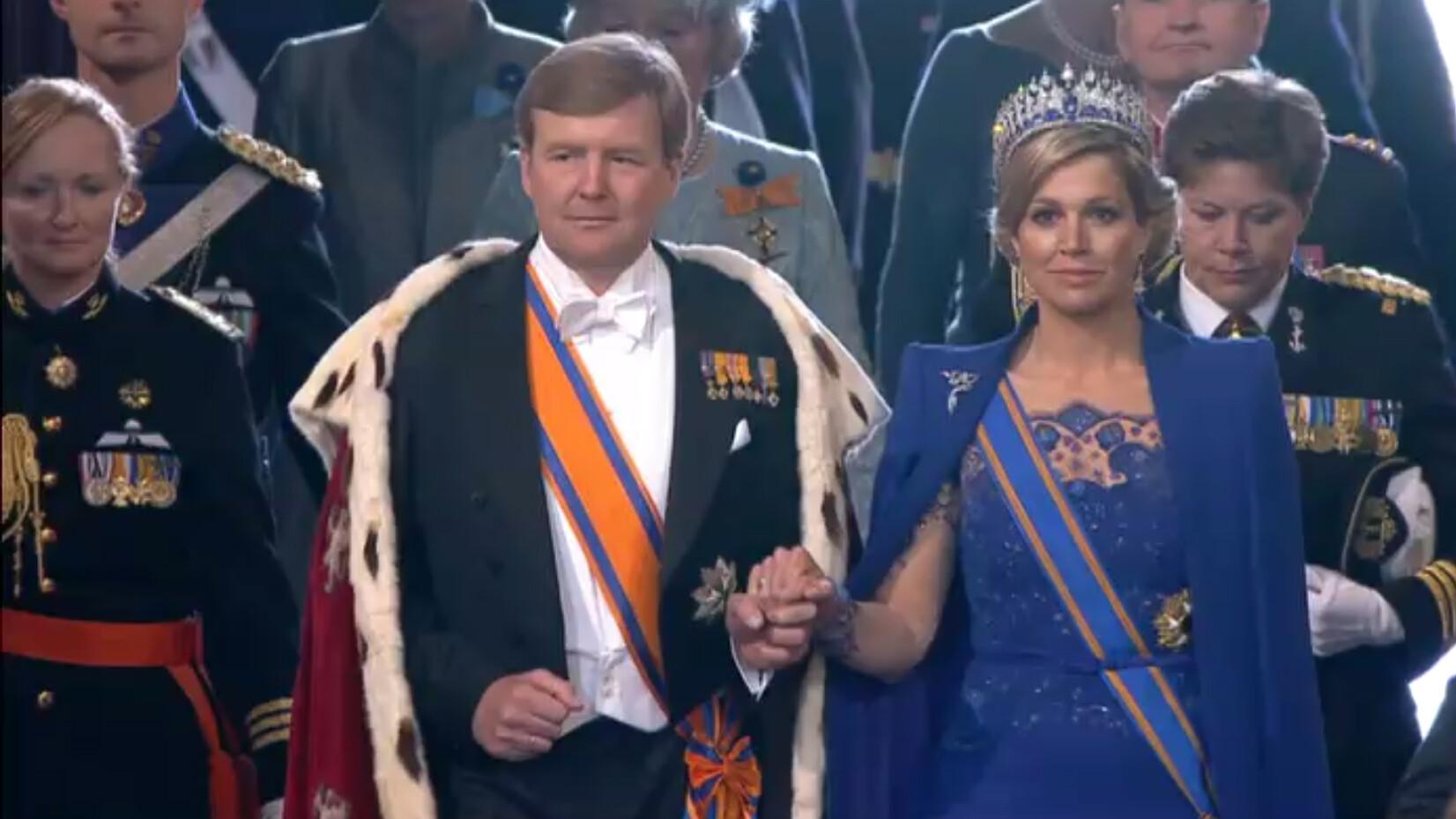 wanneer is onze koning jarig Schooltv: Waarom heeft onze koning geen kroon op?   In Nederland  wanneer is onze koning jarig