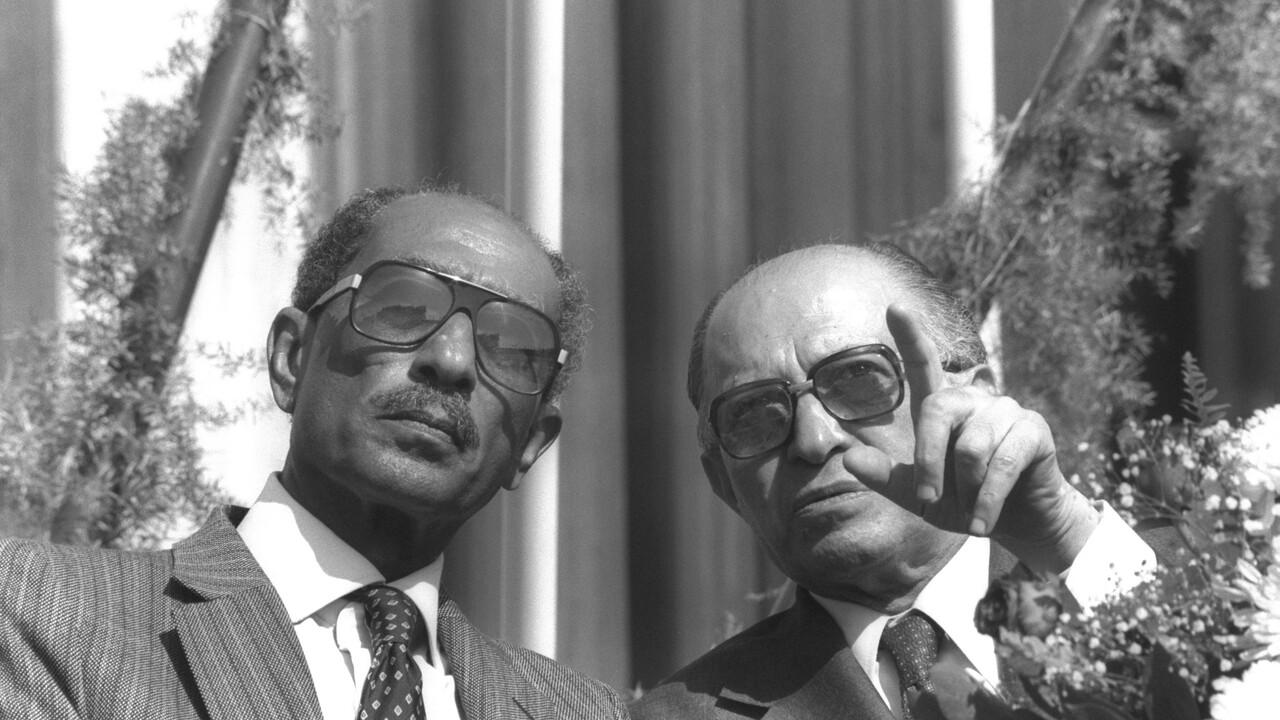 Menachem Begin: Vrede En Oorlog - Verdedigingsoorlog: Geen Keus