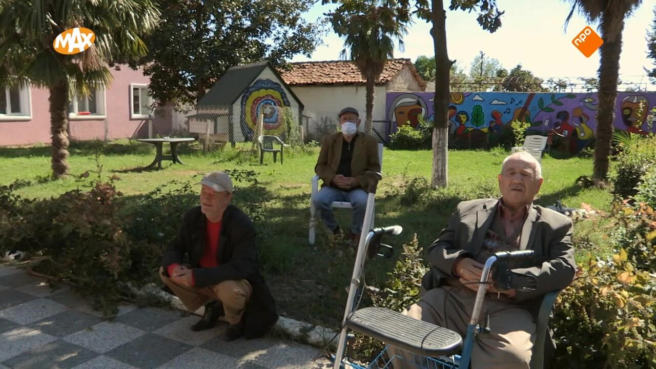 Max Maakt Mogelijk 10 Min - Moldavië Grootouders