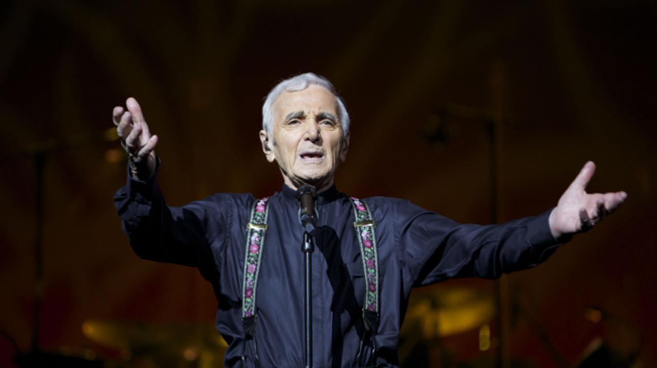 Max Muziekspecials - Charles Aznavour In Concert - Deel I