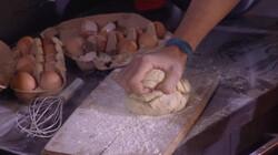 Muziek maken bij het koken: Alledaagse muziekinstrumenten uit Sesamstraat