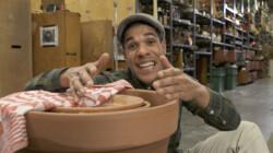 Hoe maak je een koelkast van bloempotten?: Water onttrekt warmte uit de pot