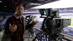 Hoe wordt een live voetbalwedstrijd uitgezonden?: Schakelen tussen negen camera's