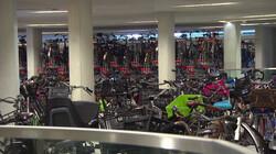 De grootste fietsenstalling van Nederland: Meer dan 7500 fietsen bij Utrecht Centraal