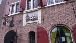 Het ontstaan en de inrichting van Nederland : Handel, havens en damsteden