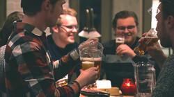 Nieuwsuur in de klas: De kosten van alcoholgebruik