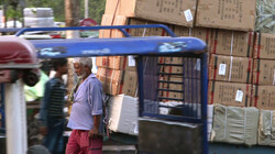 Tegenlicht in de klas : Globalisering en ongelijkheid in India