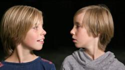 Tweelingen kunnen elkaars gedachten lezen: Is het snugger of kletspraat?