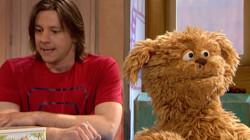 Tommie wil niet met Arjan praten: Stukje uit Sesamstraat