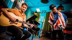 Méér Muziek in de Klas: Yes or no? Engels leren met Buddy en meester Willem