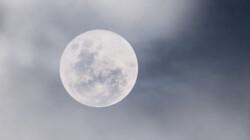 Het waait te hard op de maan om er naartoe te gaan: Is het snugger of kletspraat?