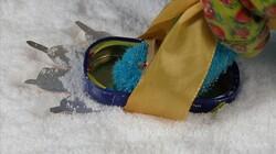 Sneeuwafdruk maken: Knutsel uit Hoelahoep