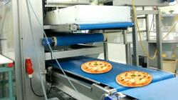 Werken in sectoren: Wie werken er mee aan de productie van een pizza?