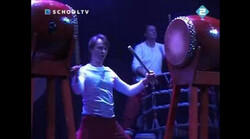Neon: Muziek en Dans