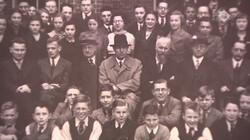 EenVandaag in de klas: Bijzondere herdenking op Erasmiaans Gymnasium Rotterdam