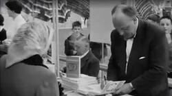 Schrijvers en hun lezers: Steeds hogere stapels