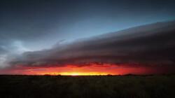 Wolken kijken: de rolwolk: Een wolk als een lawine