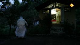 Woman Awakened - Nani Ma And Her Love For Ganga (deel 1)