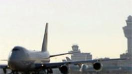 De Luchthaven - De Ambulance In Actie & Een Brandweeroefening