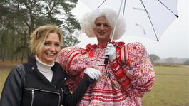 De Wandeling - Dolly: Beauty Met Brains