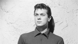 Close Up Tony Curtis - Driven to Stardom