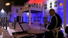 Max Muziekspecials - Nationale Taptoe 2011