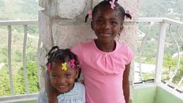 Grenzeloos Verlangen - Femma En Sanne Uit Haiti