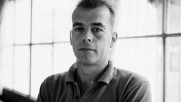 Vreemde Tralies - John Van Den Broek