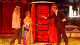 Elly En De Wiebelwagen - Het Circus