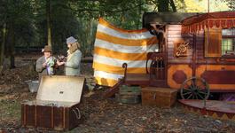 Elly En De Wiebelwagen - De Reus
