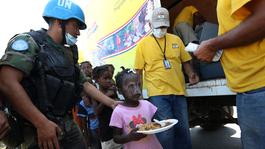 Netwerk (eo, Ncrv) - Hulpverlening In Haïti Verloopt Chaotisch