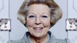 Blauw Bloed - Koningin Beatrix 70 Jaar