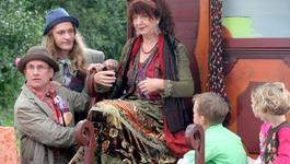 Elly En De Wiebelwagen - Kindje In Een Mandje - Mozes In Het Biezen Mandje