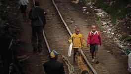 Door De Wereld - Keniase Straatjongen Joshua Gaat Studeren In Nijmegen