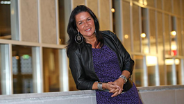 De Verandering (tv) - Sandra Baume: 'het Geloof Verwijderde Mij Van Mijn Moeder.'