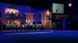 Max Muziekspecials - Nationale Taptoe 2013 - Deel 1