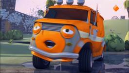 Olly, Het Kleine Witte Busje - Olly, De Oppasser