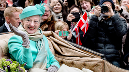 Blauw Bloed Koningin Margrethe viert 75e verjaardag